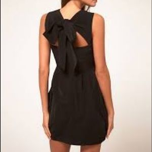 "ASOS ""Perfect Black Pleated Dress"" Bow in Back 6"